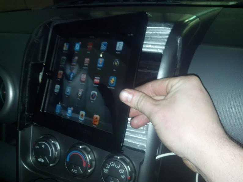 honda element apple ipad ipod indash radio spotify music player installed craddle installation fitment